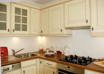 La pose d'une cuisine intégrée
